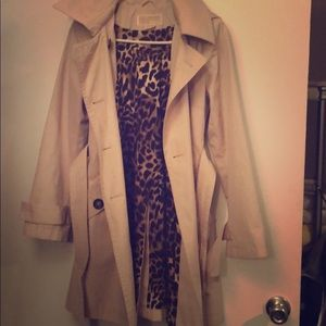 Michael Kors Tan trench coat LEOPARD INTERIOR